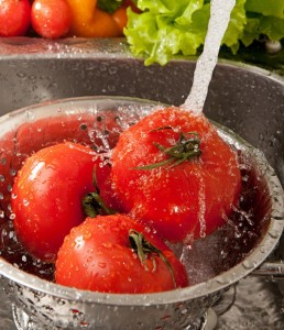 washing-fruits-and-vegetables